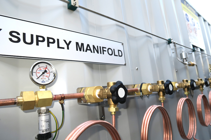 Oxygen Supply Manifold - Foxolution Systems Engineering CC - Oxygen Cylinder Filling Station